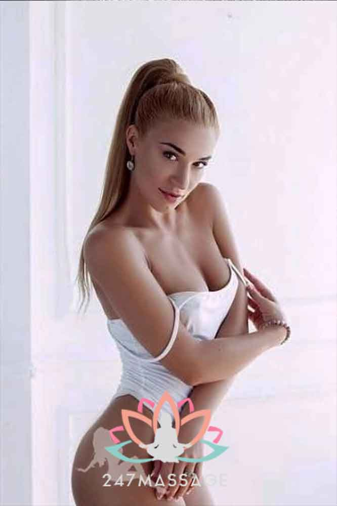 Massage Escort Eni - Articulate & Sexy Amsterdam Escort Girl